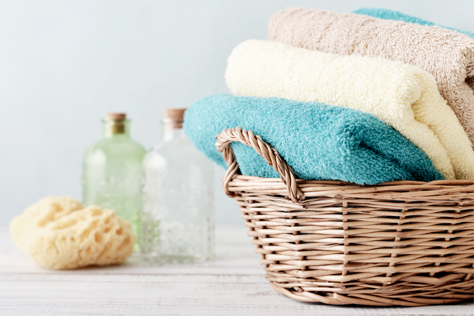 toalhas cesto